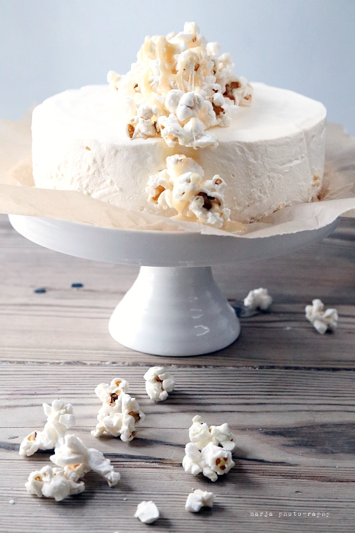 cheesecake with caramel and popcorn7