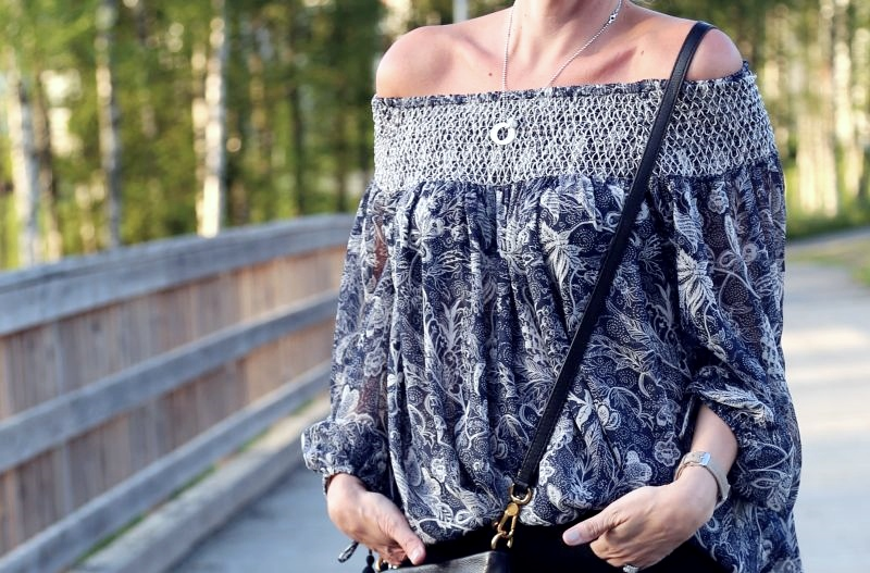 dagens off shoulder lindex